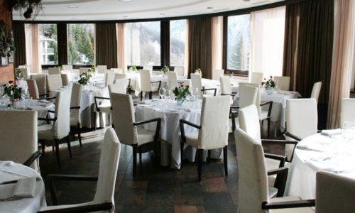 1-restaurant-hotel-principi-sestriere-700x400